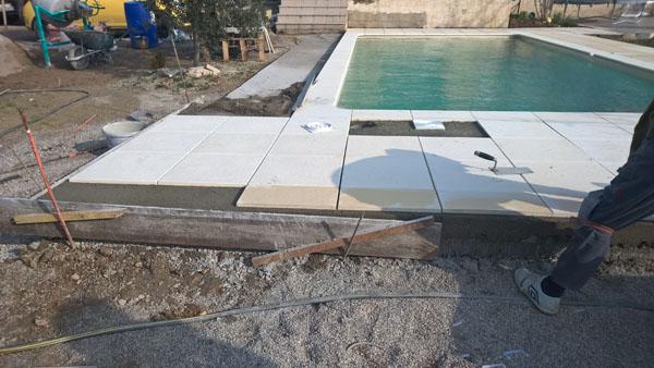 pose de carrelage piscine h rault chantier carrelage. Black Bedroom Furniture Sets. Home Design Ideas